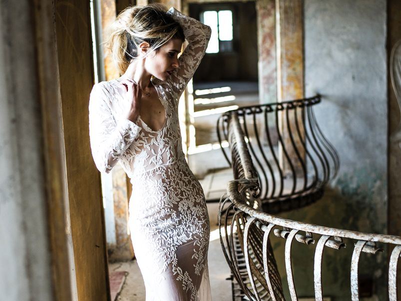 20 Ways to Save Money on Your Wedding Dress